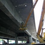 Szpachlowanie konstrukcji mostowej